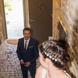 le mariée découvre sa future épouse